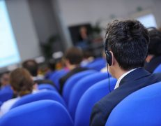 Interprétariat et matériel de conférence